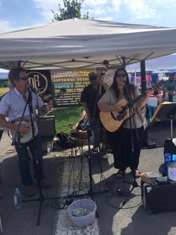 Annie Neeley and her band, Wayne Woods: banjo, Dave Kirkpatrick: bass, Matt Eakle: guitar